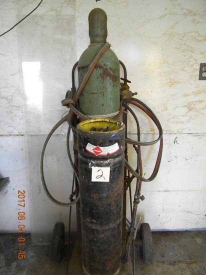 Oxygen And Acetylene Tanks With Cart, Green Linde Co.