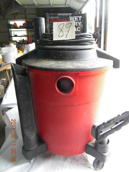 2.5 Hp Craftsman Wet Dry Vac. (missing Hose)