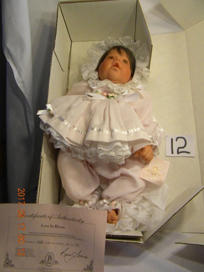 Lee Middleton Original Doll: Love In Bloom. No Bible