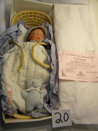 Lee Middleton Original Doll: To Grandmother's House We Go, #00103, Club Dol