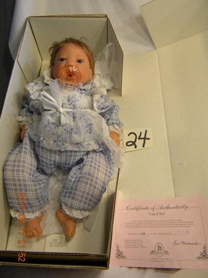 Lee Middleton Original Doll: Cup Of Tea #00198, No Certificate