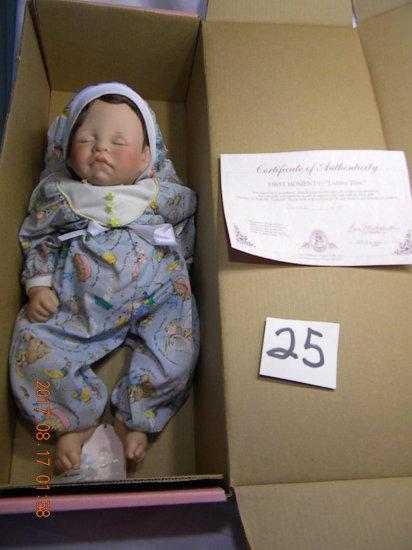 Lee Middleton Original Doll: Lullaby Time, #142