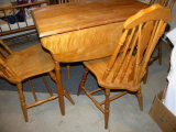 Maple Drop Leaf Table W/4chairs.