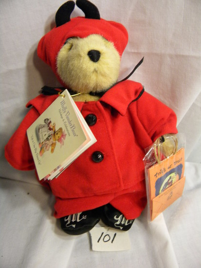 "8"" Muffy Vander bear, ""Trick or Treat""."