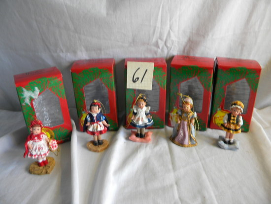 Effanbee Doll Holiday Ornaments (5)