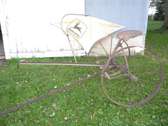 Drag Cart W/implement Seat, Pivotal Wheel Angle; John Deere Umbrella W/hole