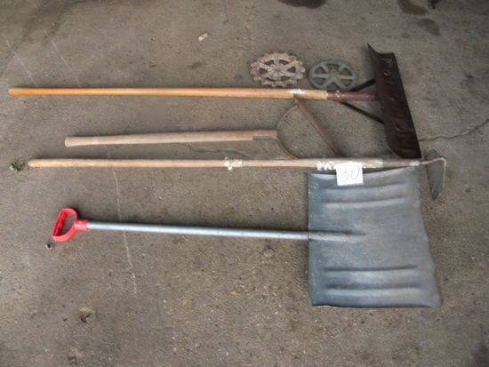 Snow Shovel; Hoe; Weed Wackier; Barn Scrapper, Metal Decoration
