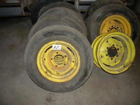 "Equipment Wheels= P-205-75-14 (4); P-205-70-15(2); Rim 9"" X 16"""