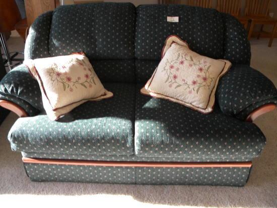 Simons Upholster (green) Love Seat, Green.