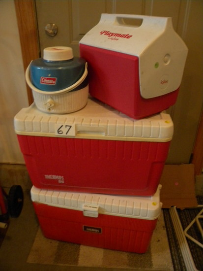 Par Thermos Cooler; Igloo Playmate Cooler; Coleman Liquid Container.