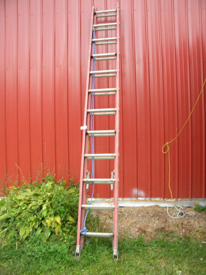 """Werner 17' X 6"""" Extension Ladder, Non Conductive."""