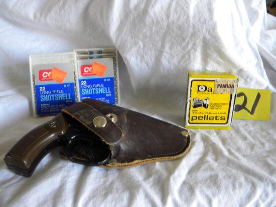 Gp Precision 440 Sport Starter Pistol W/leather Holster; 2 Boxes 22lr Shot Shells;