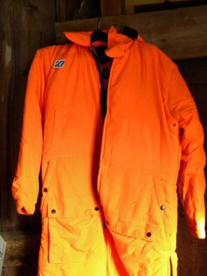 Hunting=Orange Deer Hunting Medium Size Suite.