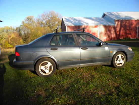 vehicle.  Saab, 9-5 Se, 1999 Year, 4 Cylinder 2.1 Ci, Titl