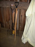Tools=Pick; Wide Straw Fork; Splitting Ax; Handle.