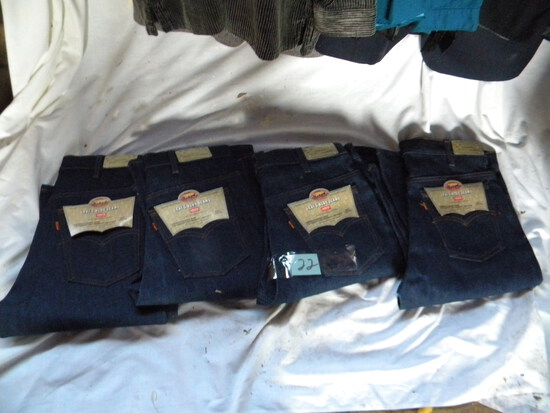 Four Pairs New Blue Jeans, Levi, 36 X 30l.