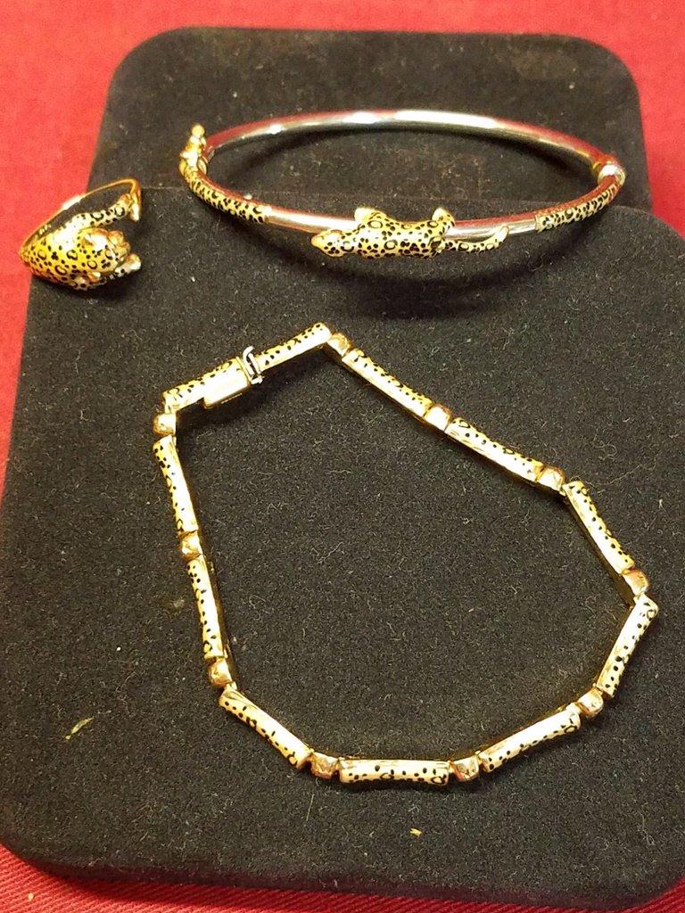 14kt Gold Cheetah Bracelet, Bangle & Ring