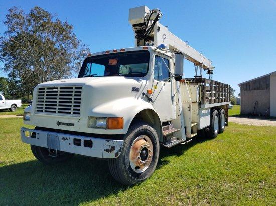 1994 International 4900 6x4 Crane Truck