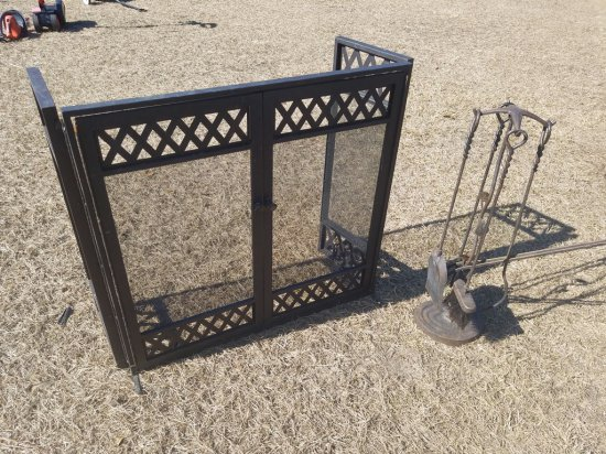 Fire Place Screen W/ Accessories On Stand