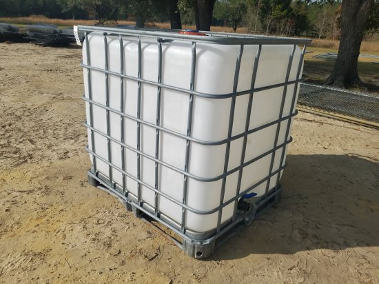 250gal Tote W/ Cage