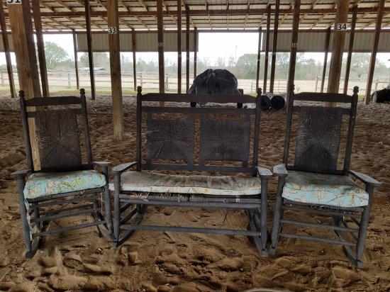 Wicker Furniture Loveseat & 2 Chairs W/ Cushions