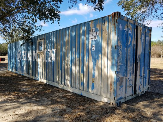40ft Container W/ Double Doors & Windows