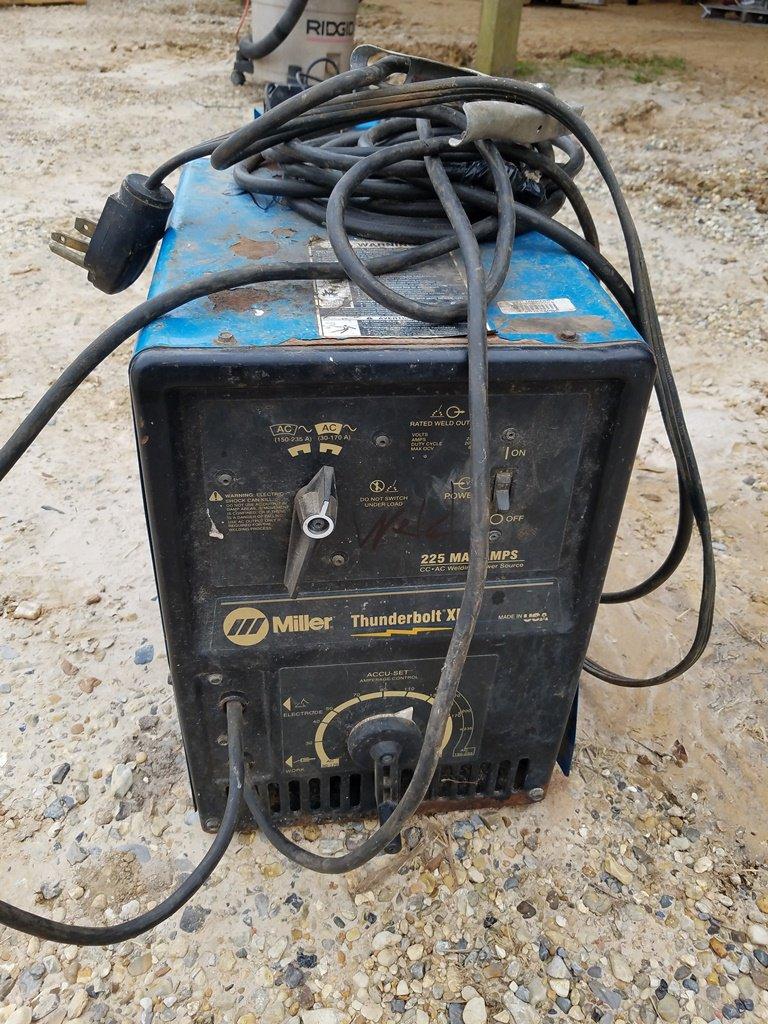 Miller Thunderbolt XL 225 AC Stick Welder