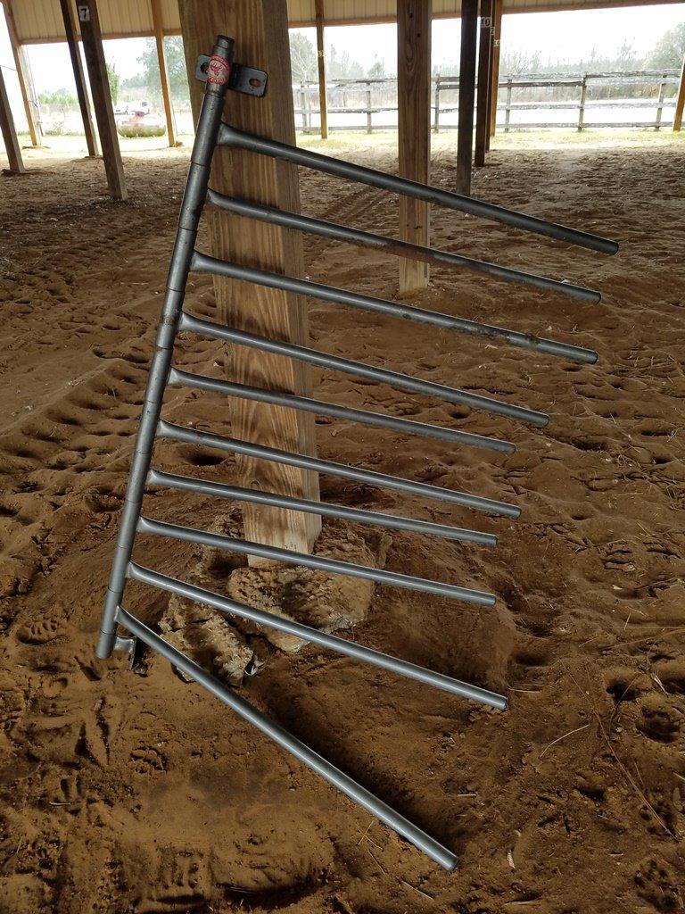 Saddle Pad Wall Holder