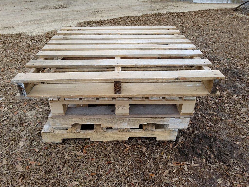 (5) Wooden Pallets