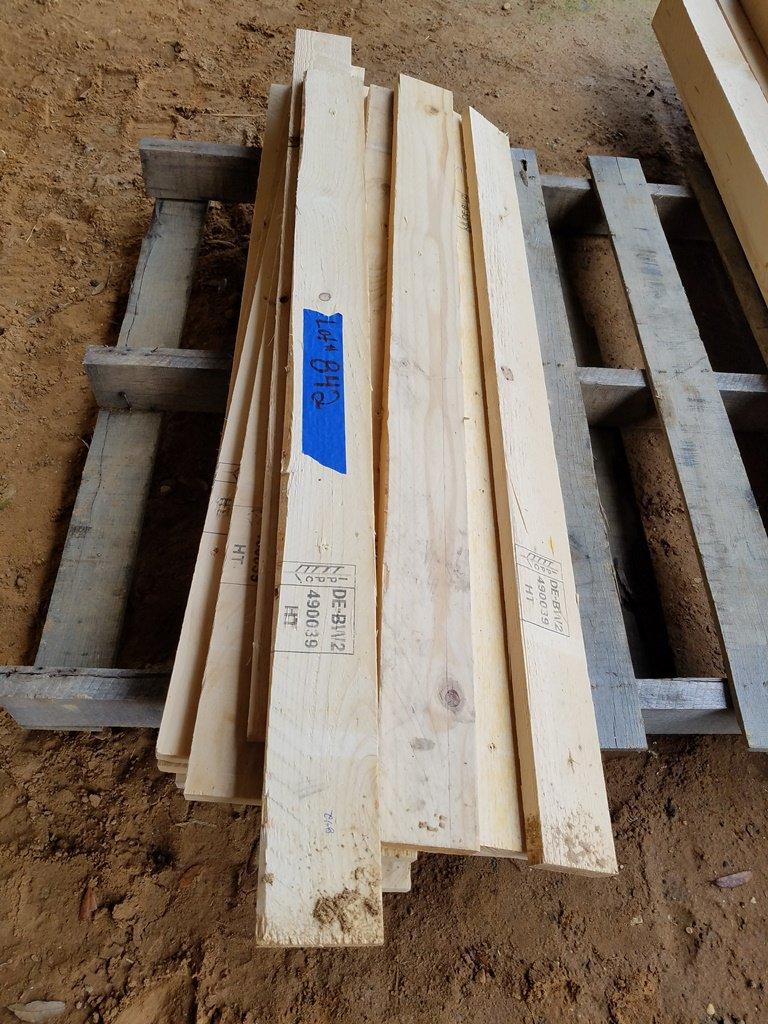 """(14) 1"""" x 4"""" x 4' Fir Lumber"""