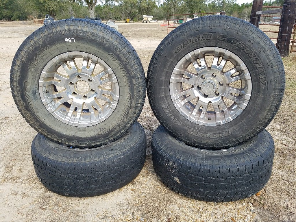 (4) Toyo 285 70 R17 Tires & Rims