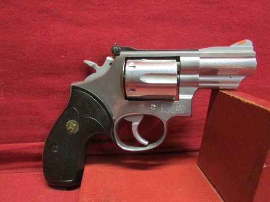 Smith & Wesson 357S&W mag. 6 Shot Revolver.