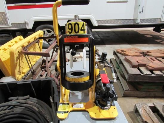 Weatherhead T-462-2 Hydraulic Hose crimping
