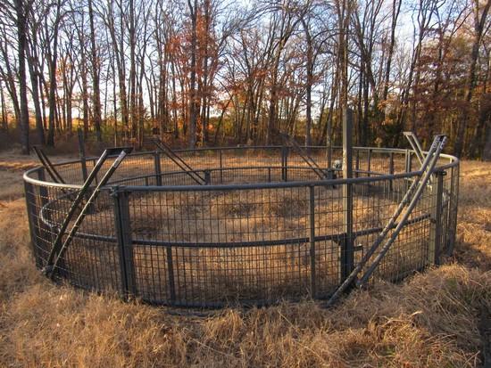 Boar Buster Hog trap w/Next Gen 4G Camera
