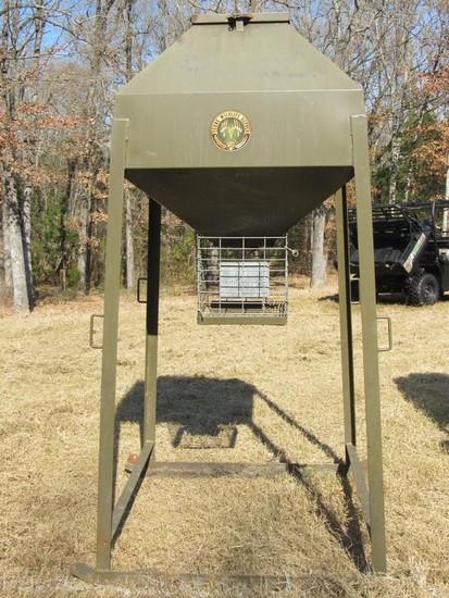 Texas Wildlife Supply 1000lb Deer Feeder