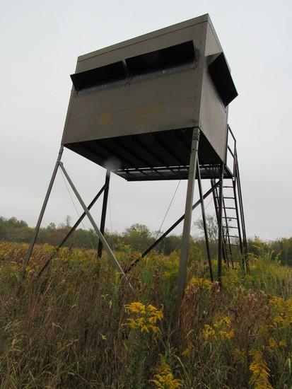 Texas Wildlife Supply 5x9 Deer Blind on 12' stand