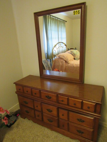 Dresser w/mirror,  chest of drawers