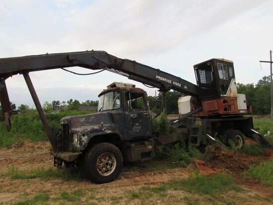 Mack truck w/prentice 410 ex log loader SALVAGE