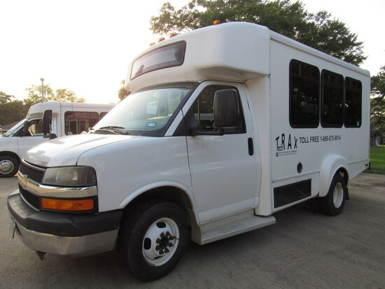 2014 Chevrolet Goshen Coach Bus