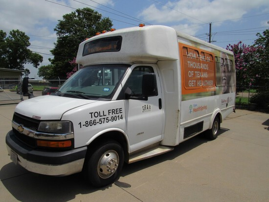 2014 Chevrolet Goshen Commercial Bus