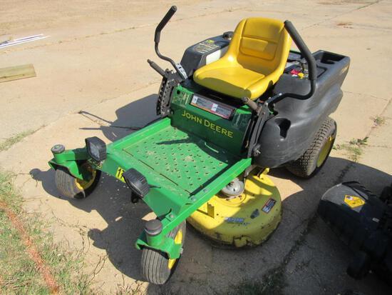 John Deere Z225 zero turn mower