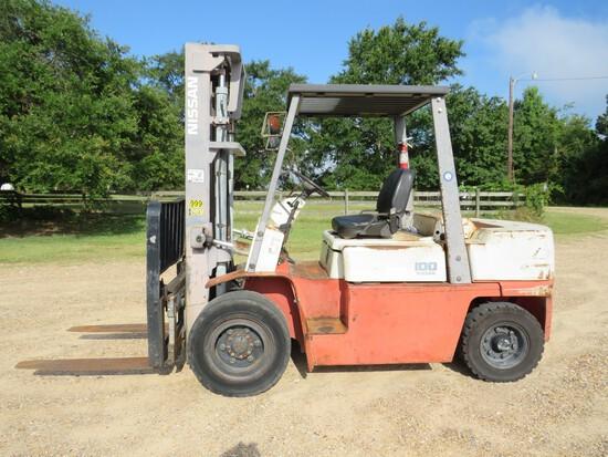 Nissan 100 Forklift 10,000lb