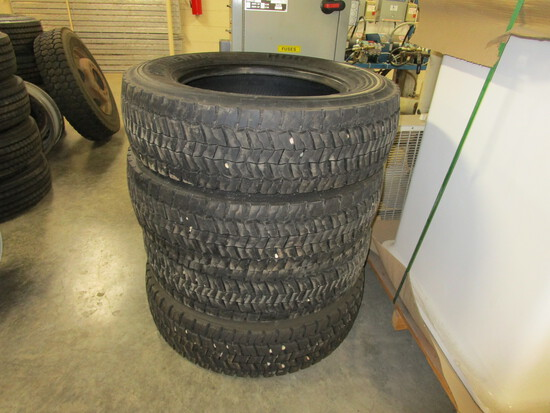 "Set of 4 Continental, HDR 14 ply, 225/70R 19.5, 14/32"" tread. Tires off of 550 Ford truck."