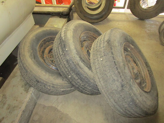 "Set of 3 Trailer Tires on rims, Firestone Trans Force, 9.50/R 16.5, w 11/32"" tread"