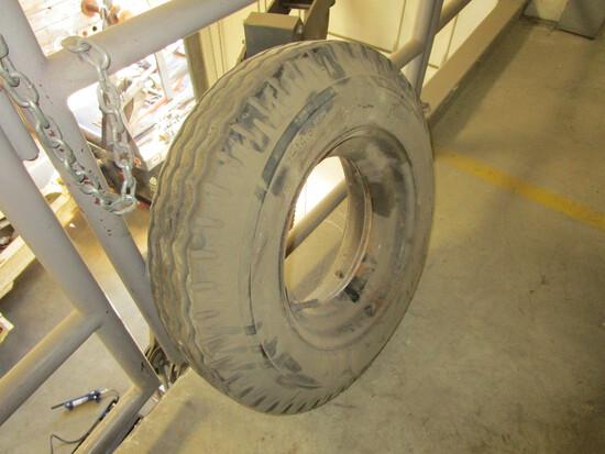 """Mobile Home tire/rim, 7/14.5, 8/32"""" tread"""