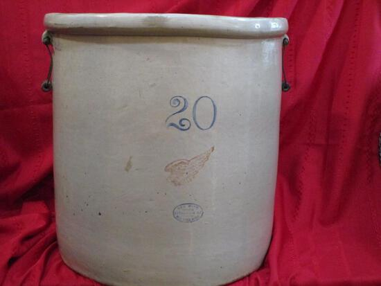 Red Wind 20 Gal. Large Wing Red Wing Oval, Bail Handles Pat. Dec. 21, 1915,