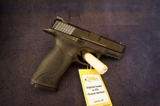 S&W M&P 9mm Semi-auto Pistol