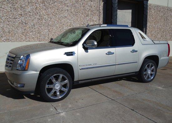 2007 Cadillac Escalade EXT Four Door SUV / PU