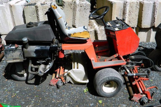 Jacobsen Greens King IV Triplex Diesel Mower