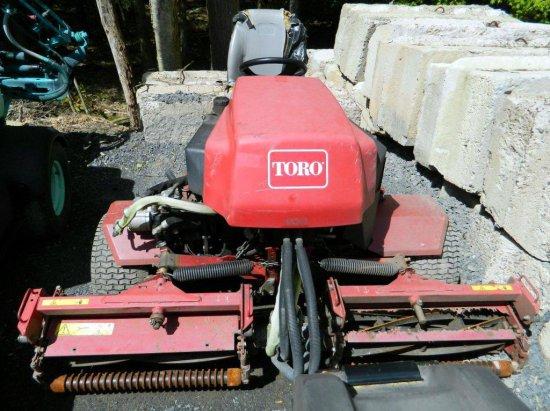 Toro 2300-D Reelmaster Mower